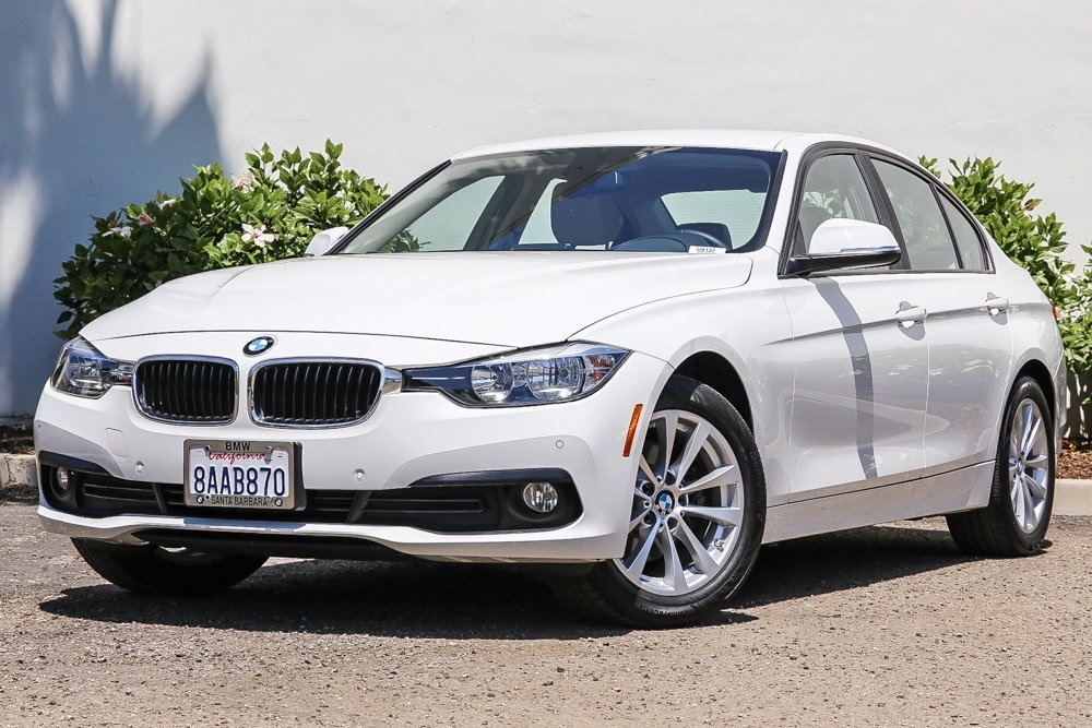 Pre-Owned 2017 BMW 3 Series 320i